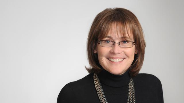 Pamela Hillen Bio Photo